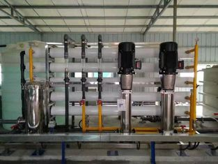 Sus304 Water Tank Reverse Osmosis Plant RO Water Treatment / Filtering / Purifying System